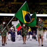 Bruninho e Ketleyn Quadros sambam na cerimônia de abertura da Olímpiada