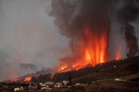 Veja vídeos: Imagens impressionantes do vulcão nas Ilhas Canárias